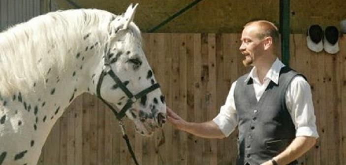 Hugin, el caballo que hizo cambiar a su entrenador la forma de entender la equitación